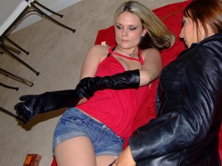girl-in-leather-boots-leather-gloves